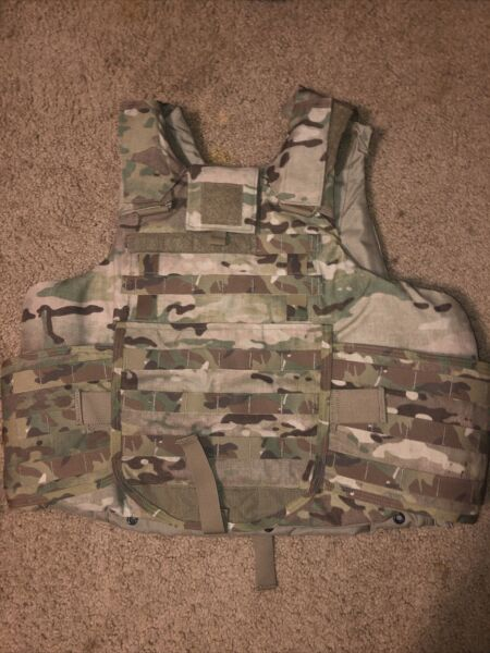 Multi Cam OCP Plate Carrier System Small W 4 Hard Plates Pre Owned $900.00