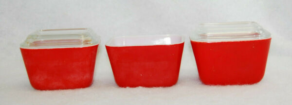 Pyrex Refrigerator Dishes 3 Red Dishes 0501 amp; 2 Clear Lids 501C Vintage S9732 $54.99