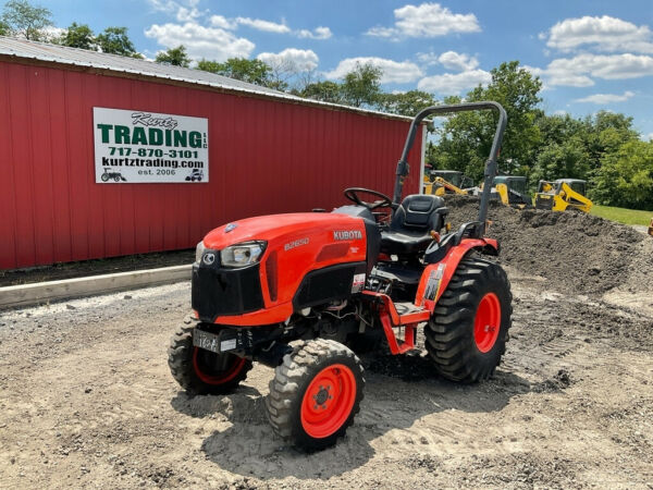 2015 Kubota B2650 4x4 Hydro 26hp Compact Tractor Only 400 Hours