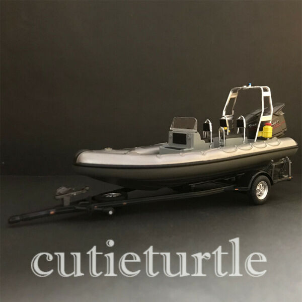 1:43 Trailer and Speedboat Silver Grey $9.80
