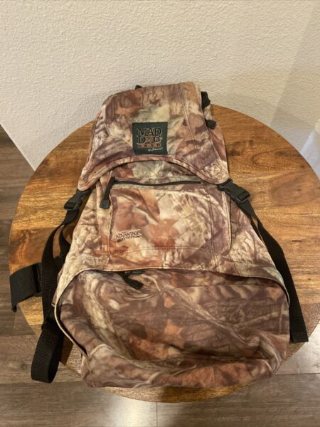 MAD DOG GEAR CAMEO BACKPACK SPORTING GEAR $30.00