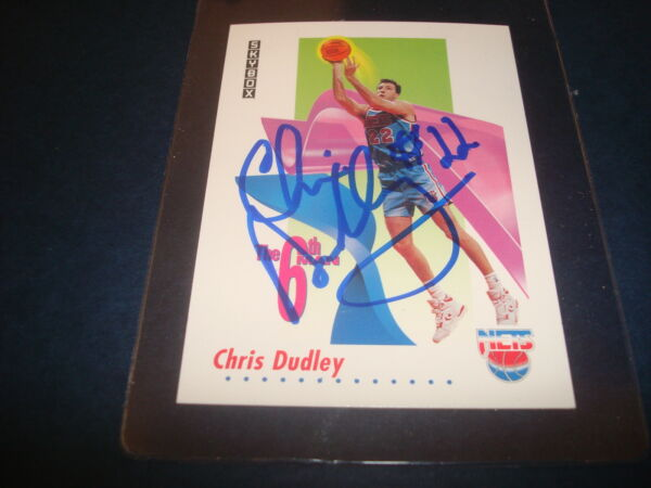 1991 SKYBOX #448 CHRIS DUDLEY NETS 6th MAN Yale SIGNED AUTHENTIC NBA AUTOGRAPH