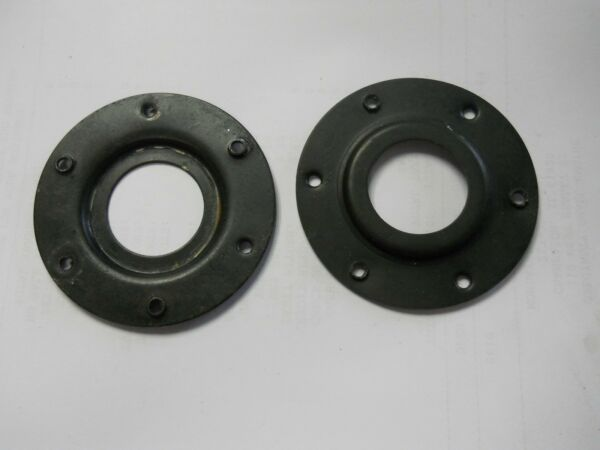 Used Snapper LE317 Series Snowblower Set of 2 Bearing Retainers 34385  7034385