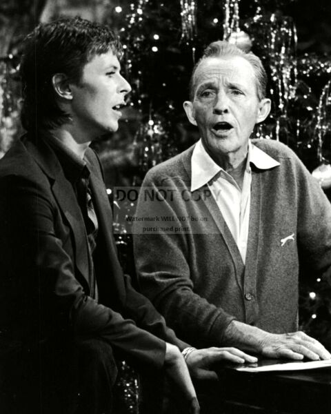 BING CROSBY DAVID BOWIE IN A 1977 TV CHRISTMAS SPECIAL 8X10 PHOTO OP 015 $7.98