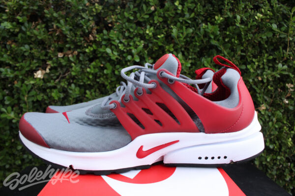 NIKE AIR PRESTO ESSENTIAL SZ 8 COOL GREY GYM RED WHITE BLACK 848187 008