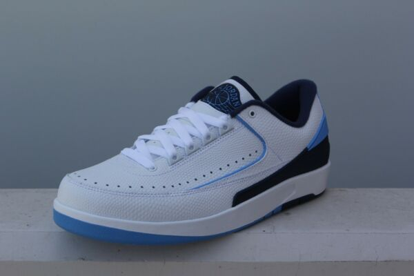 832819-107 Jordan Men Air Jordan 2 Retro Low Midnight Navy  university blue midn
