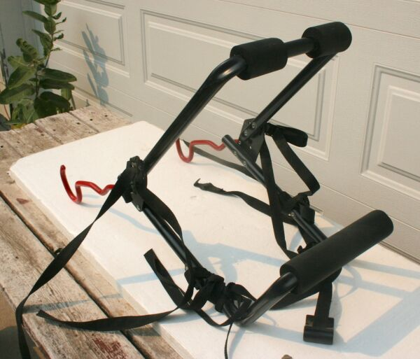 Graber Outback Trunk Mount 2 Bike Upright Bicycle Carrier Rack 1216 $54.00