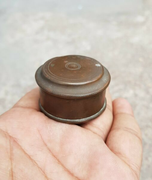 1850's ANTIQUE GOOD QUALITY BRASS PILL BOX RICH PATINA