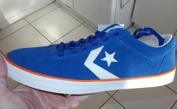 Converse ALL STAR Wells Ox Blue Men Walking Shoes SIZE 10.5 NEW IN BOX 136742C