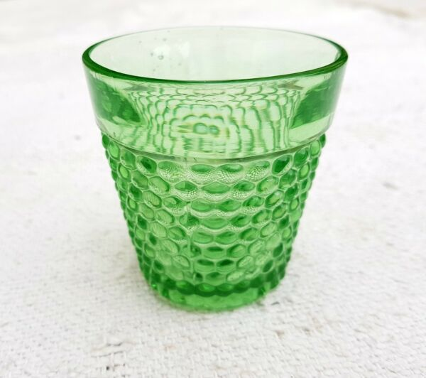 1900's ANTIQUE SCARCE BUBBLES DESIGN MINT GREEN GLASS TUMBLER- TOP CONDITION