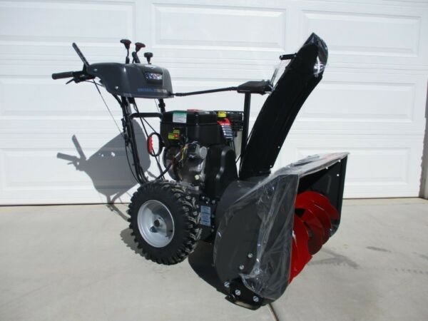 "Briggs & Stratton 30"" Dual Stage Snow ThrowerBlower 1530MDS 169828"