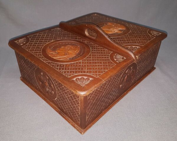 VINTAGE FRENCH BRETON CARVED WOOD SEWING BOX QUIMPER L 13