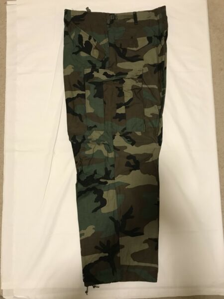US GI Woodland Camoflauge CW Field Pants Trousers Vintage New Med Long