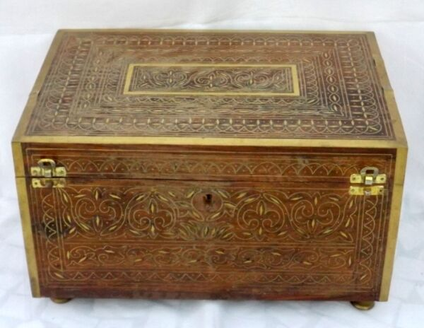 1900's India Antique Brass Flower Design Fitted Wooden jewelry Box Perfume Box