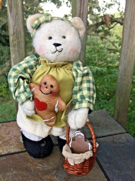 Vintage Lil Friends TEDDY BEAR Doll with GINGERBREAD MAN & BASKET rare 95 ❤️J8