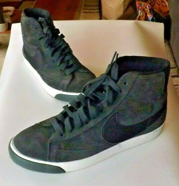 Nike Grey Suede Hightops Size 9 NEW $36.00