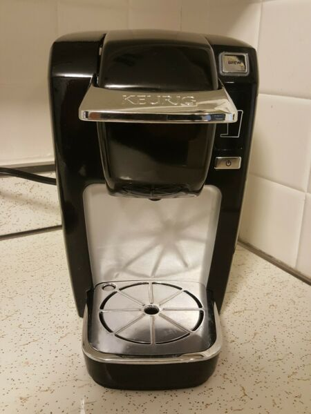 Keurig Black B 31 K Cup Household Used Coffee Maker. Tested In Good Condition.