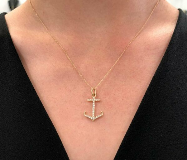 Near Colorless Diamond Anchor Pendant With 18