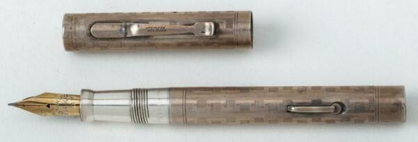 Wahl Fountain Pen Sterling Silver With Inscribed Geometric Pattern.