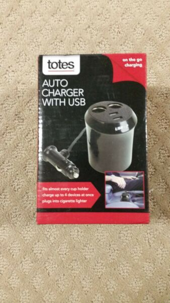 Totes Auto Charger with USB for on the go Charging C4 $9.59