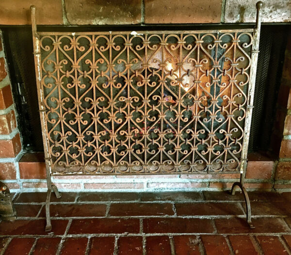 Antique Arts & Crafts Hand Wrought Iron Fireplace Screen GREAT BUY IT NOW! LK!