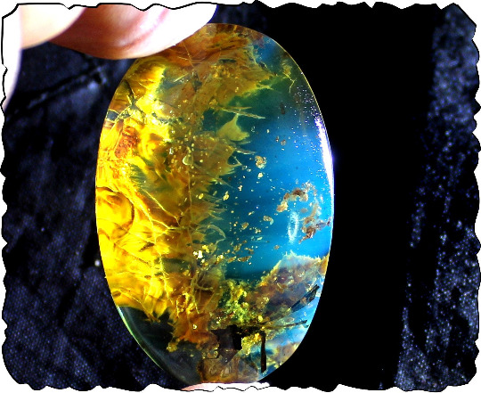 Dominican Clear Blue Amber Pendant Polished natural Stone free drill. Bernstein
