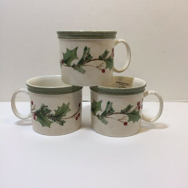 3 Flat Cups Holiday Gathering Berry Lennox 3quot; Christmas $24.99