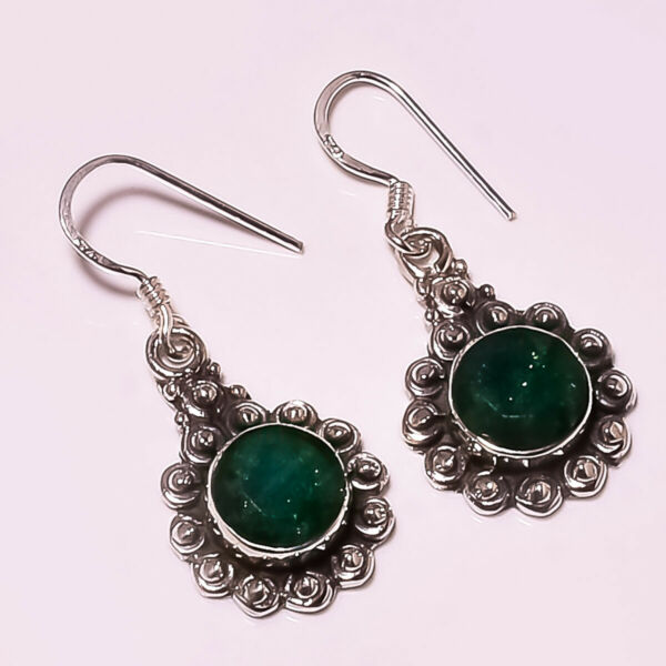 FACETED SAKOTA MINES EMERALD 925 STERLING SILVER EARRING 1.05