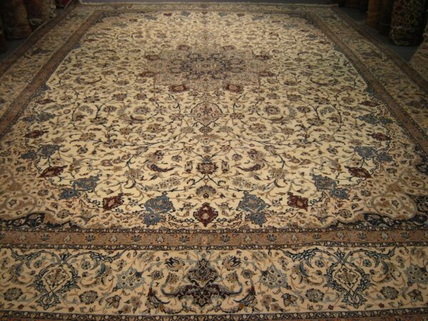 NAEEN PALACE SIZE WOOL AND SILK EXTRA FINE GENUINE ORIENTAL RUG 13X20