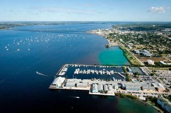 1/3 AC North Port in pine forest,close to Lake,by Punta Gorda,FL/Bid on Payment