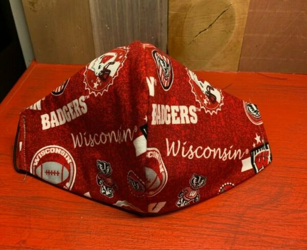 WISCONSIN BADGERS Sanitized Handmade Washable Face Mask w Filter 4 Layers Mens