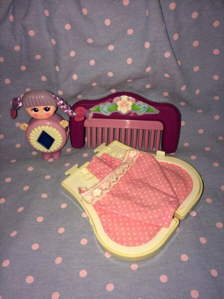 Vintage Galoob Sweet Secrets Comb Bed Playset W Charm Locket Doll 10294 80's Toy