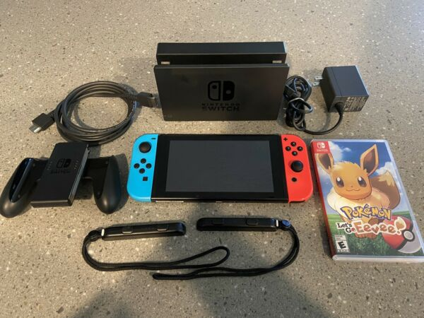 Nintendo Switch V2 Bundle With Pokémon Game  HAC-001(-01) 32GB