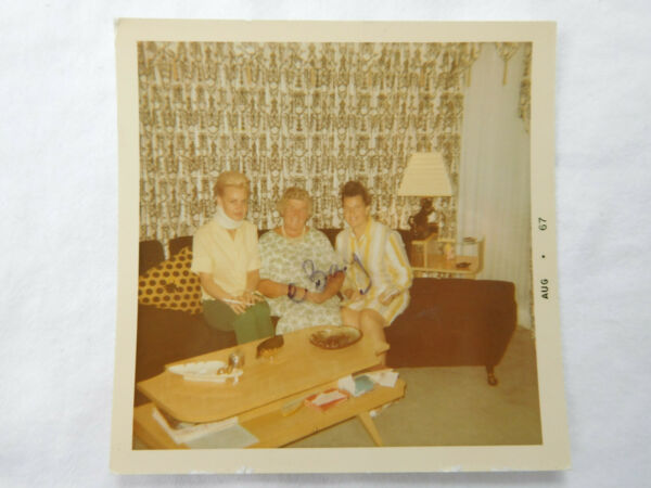 Woman Long Cigarette MCM Mid Century Modern Home Interior Furniture Table Photo $7.99