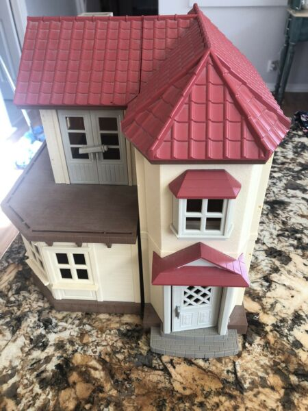 calico critters house Excellent Condition