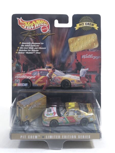 Hot Wheels Racing Kellogg#x27;s #5 Chevrolet Monte Carlo Die Cast Pit Crew LE 1998