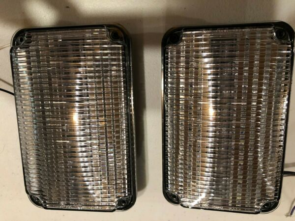 PAIR Whelen 600 Series Super LED Lightheads 60C02FCR PAIR