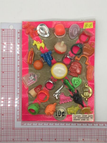 Plastic Toy and Charm Assortment Gumball Vintage Vending Display Card CD013 $27.50