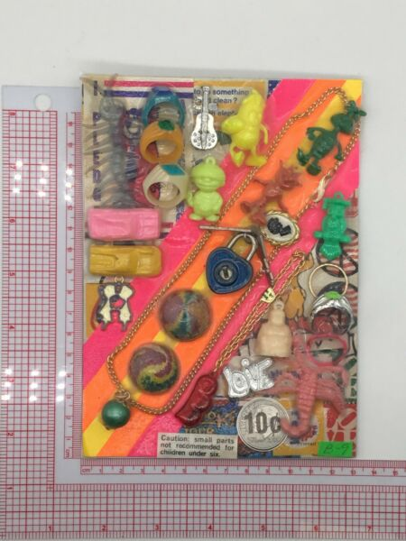Plastic Toy and Charm Assortment Gumball Vintage Vending Display Card CD027 $27.50