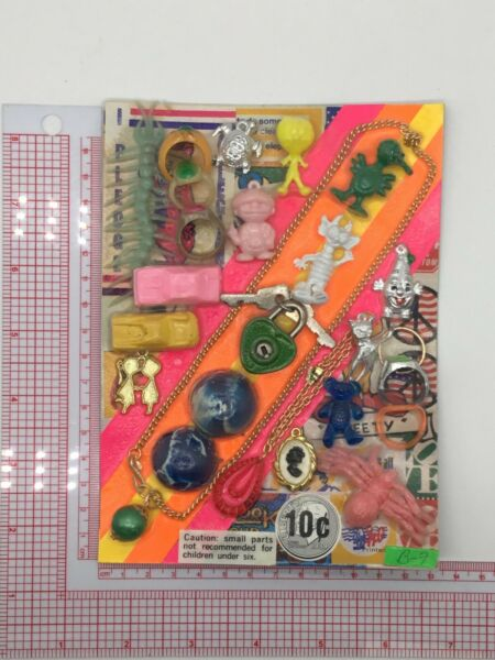 Plastic Toy and Charm Assortment Gumball Vintage Vending Display Card CD028 $27.50