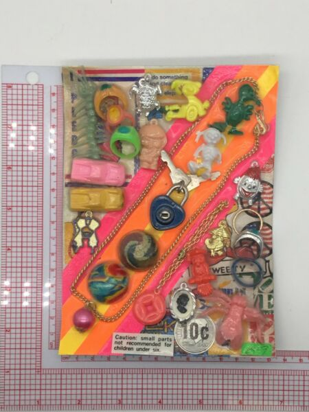 Plastic Toy and Charm Assortment Gumball Vintage Vending Display Card CD031 $27.50