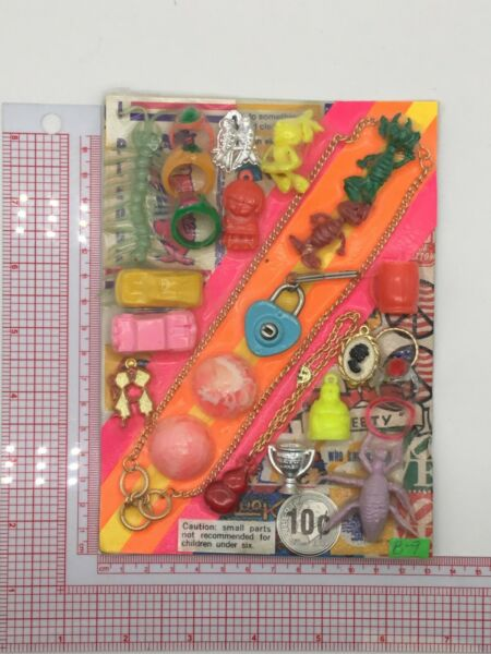 Plastic Toy and Charm Assortment Gumball Vintage Vending Display Card CD034 $27.50