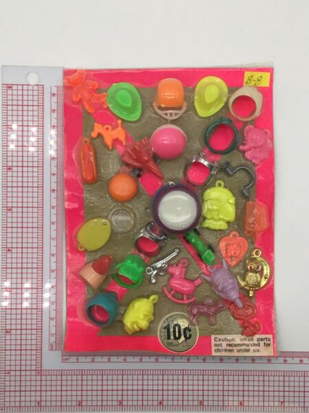 Plastic Toy and Charm Assortment Gumball Vintage Vending Display Card CD59 $27.50