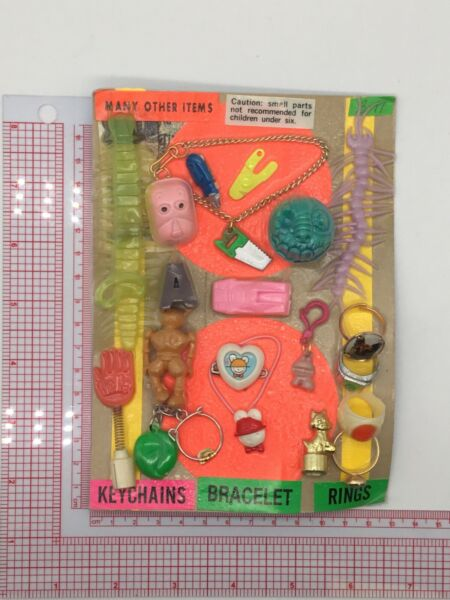 Plastic Toy and Charm Assortment Gumball Vintage Vending Display Card CD515 $29.99