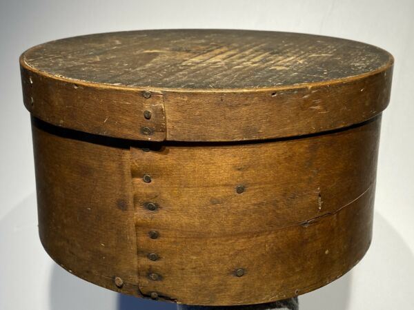 "Early 1800's Primitive Round Dark Brown Pantry Box 10""Diameter Fantastic Patina"