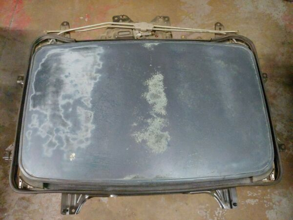1993 94 95 HONDA PRELUDE SUNROOF GLASS WITH TRACK amp; MOTOR ASSEMBLY
