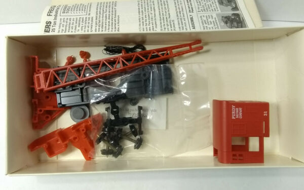 Walthers Limited edition 25 ton crane Purdy HO scale Car kit #31 932 5614 $13.00