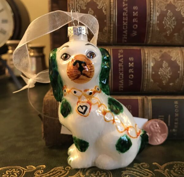 NWT Antique Staffordshire Dog Ornament ✨ Cavalier King Charles ✨ Green amp; White