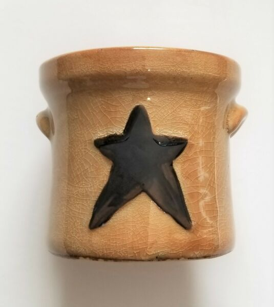 Country Mini Crock With Star Great Holder