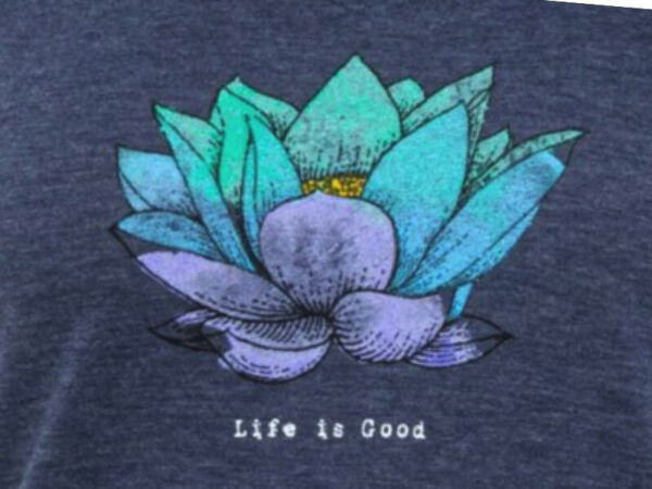 Large NWT Women#x27;s Life Is Good Lotus Flower Blue SS Lightweight Cool Vee